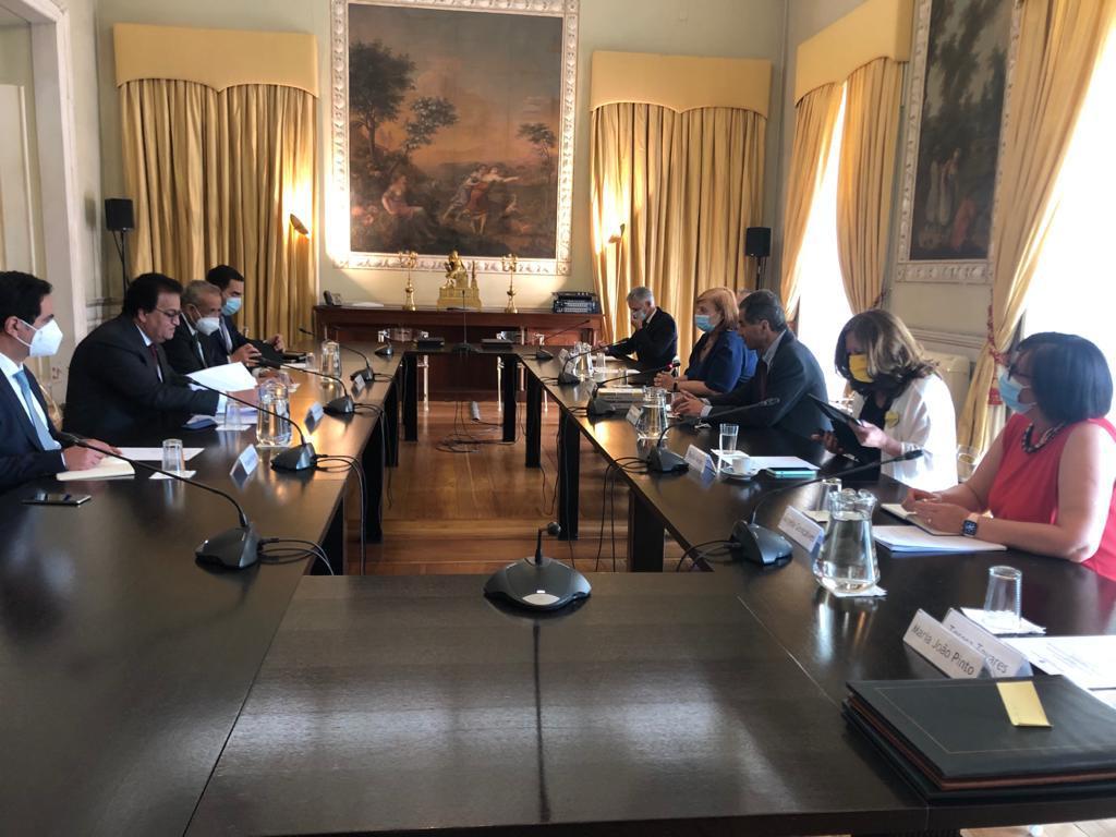 اجتماع وزير التعليم العالى مع نظيره البرتغالى