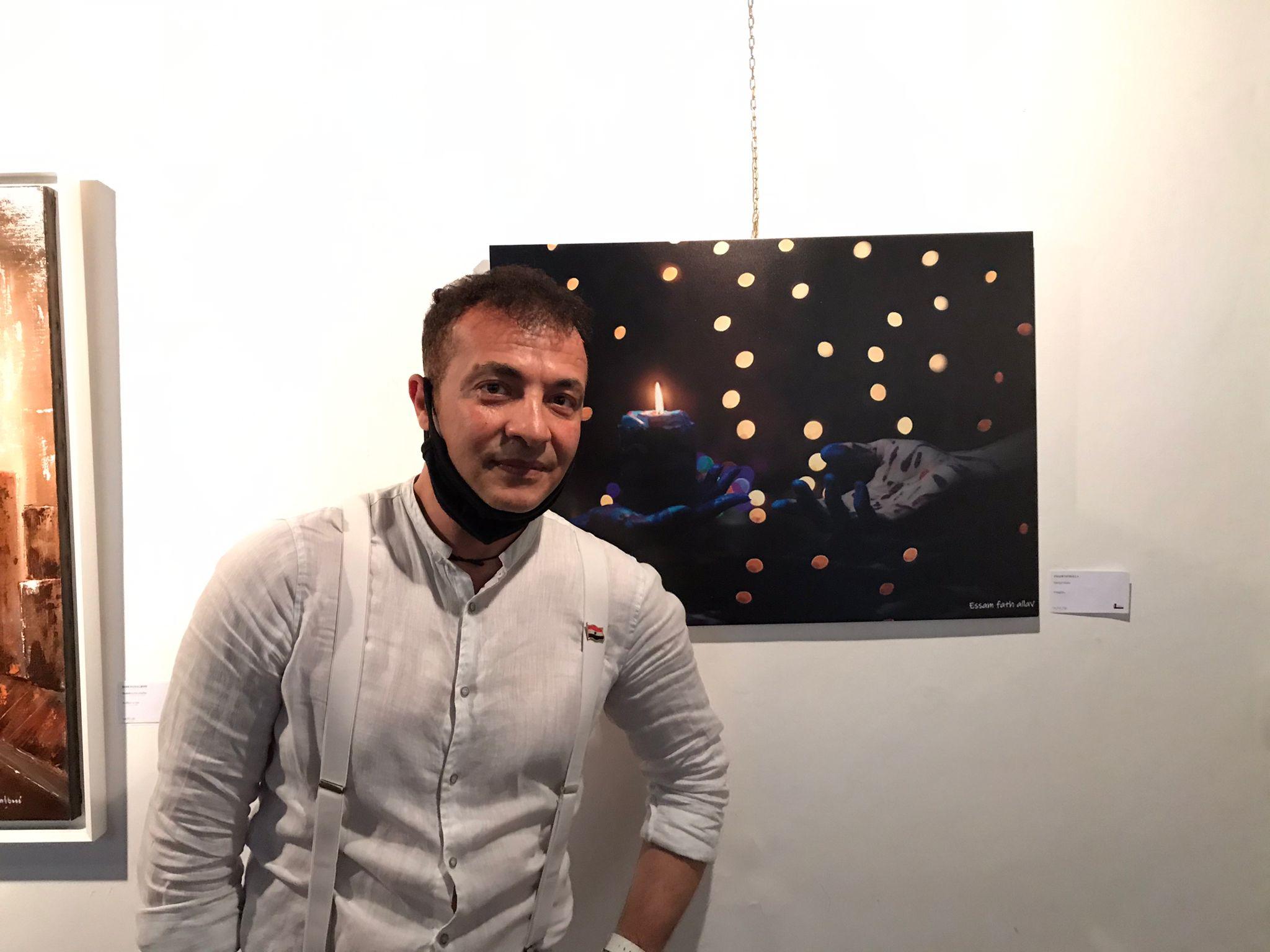 عصام فتح الله احد المصوريين المصريين فى روما