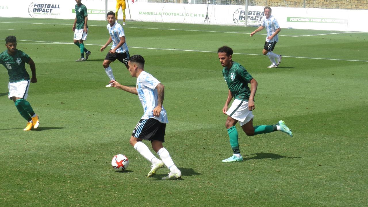 الأرجنتين ضد السعودية (2)