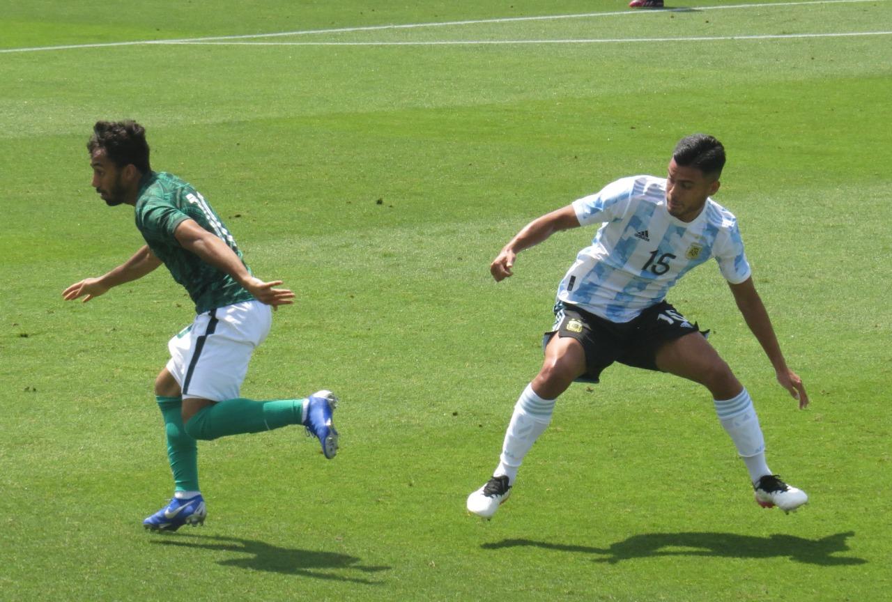 الأرجنتين ضد السعودية (4)