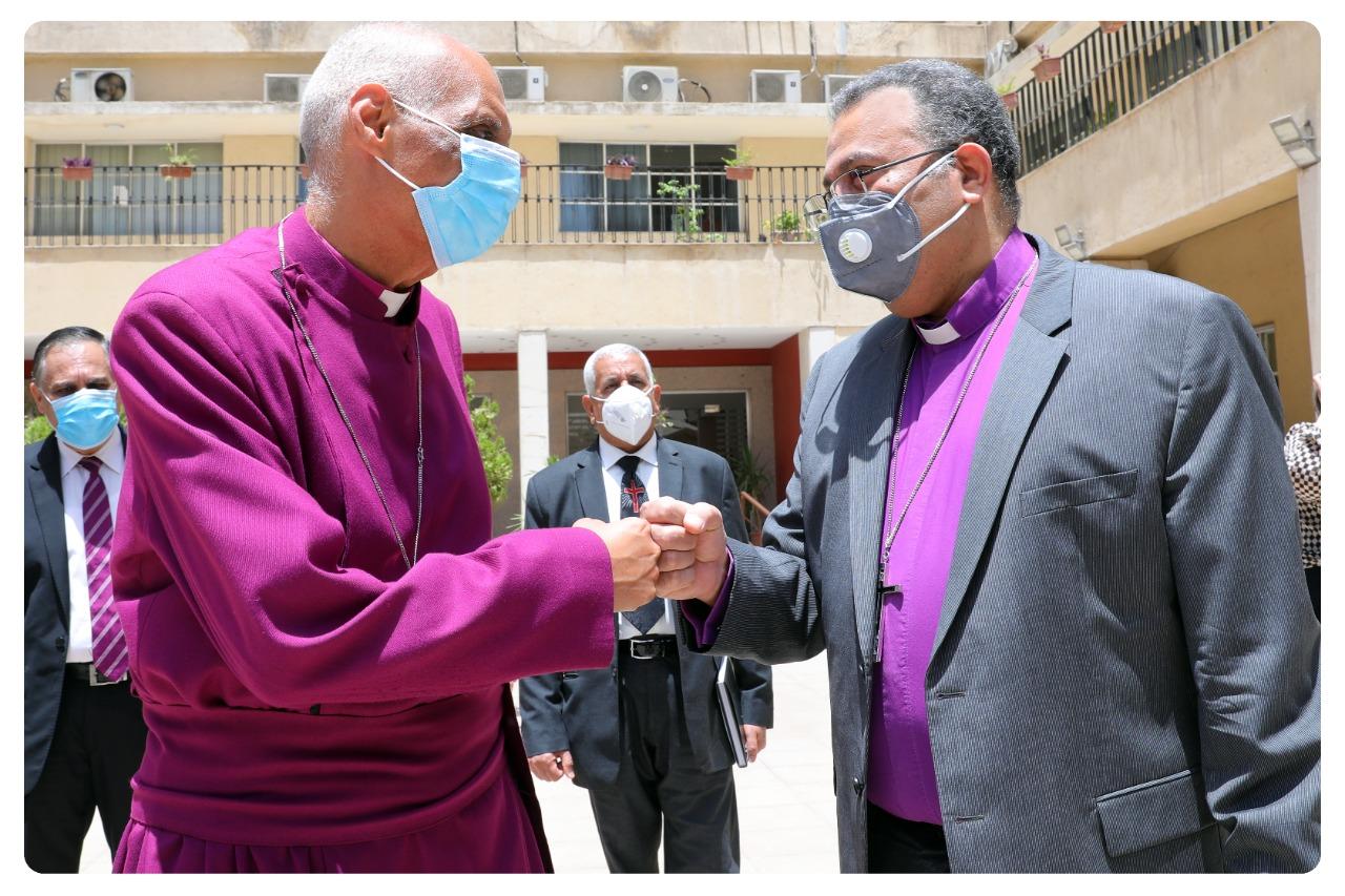 رئيس الطائفة الإنجيلية مع رئيس الأسقفية الجديد
