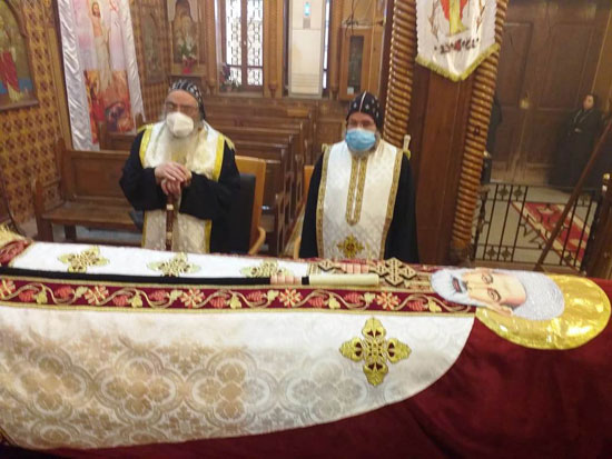 إيبارشية-الفيوم-تحتفل-بعيد-القديس-الأنبا-أبرآم-بدون-حضور-شعبى-(4)