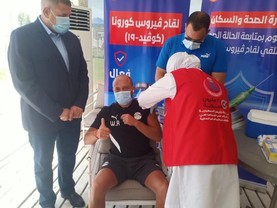 حصول بعثة مصر على اللقاح
