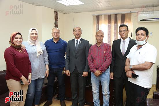 متدربي-البرنامج-الرئاسي-ومدير-إدارة-الاعلام-بكفر-الشيخ-والموظفين