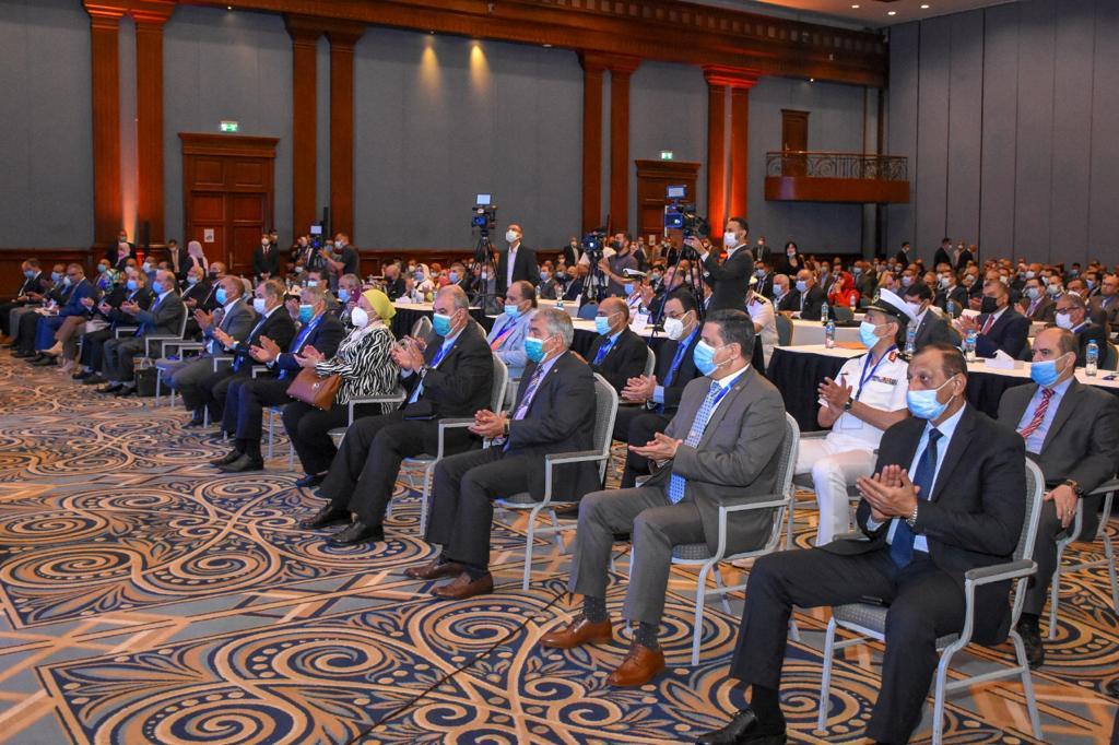 إفتتاح المؤتمر الدولى للنقل البحري واللوجستيات (2)