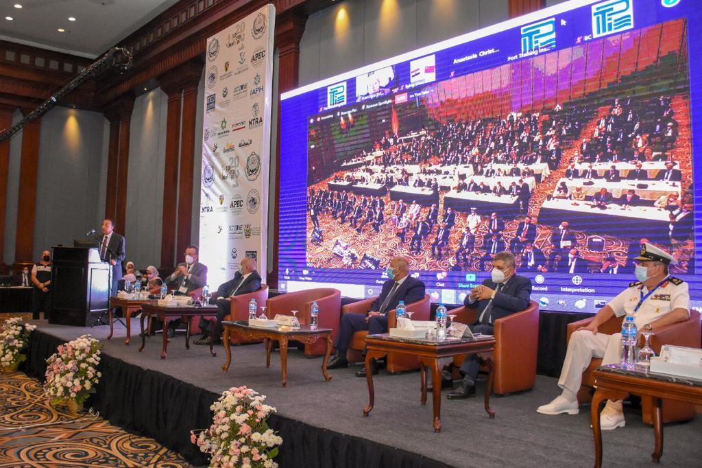 إفتتاح المؤتمر الدولى للنقل البحري واللوجستيات (3)