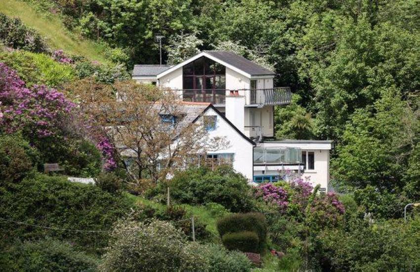 احد منازل القرية