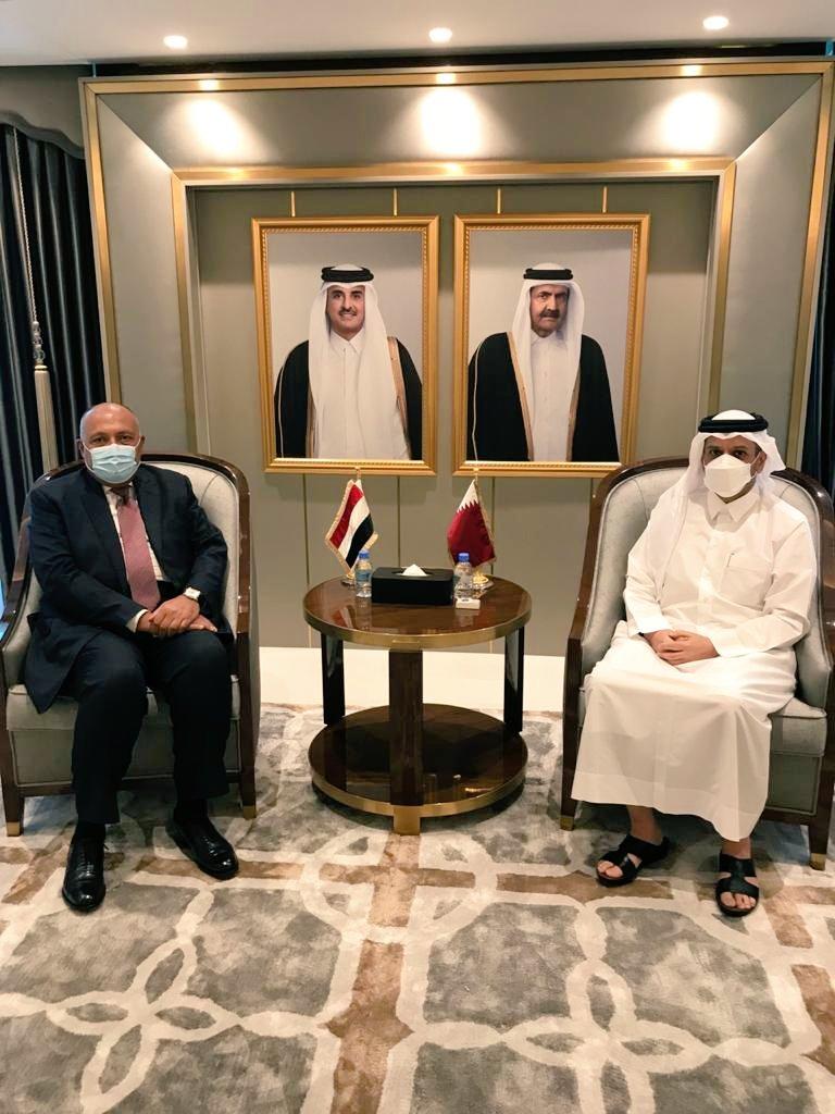 وزيرا خارجية مصر وقطر خلال اجتماعهما فى الدوحة