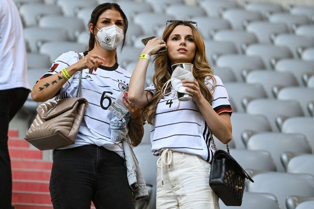 زوجات نجوم منتخب المانيا (3)