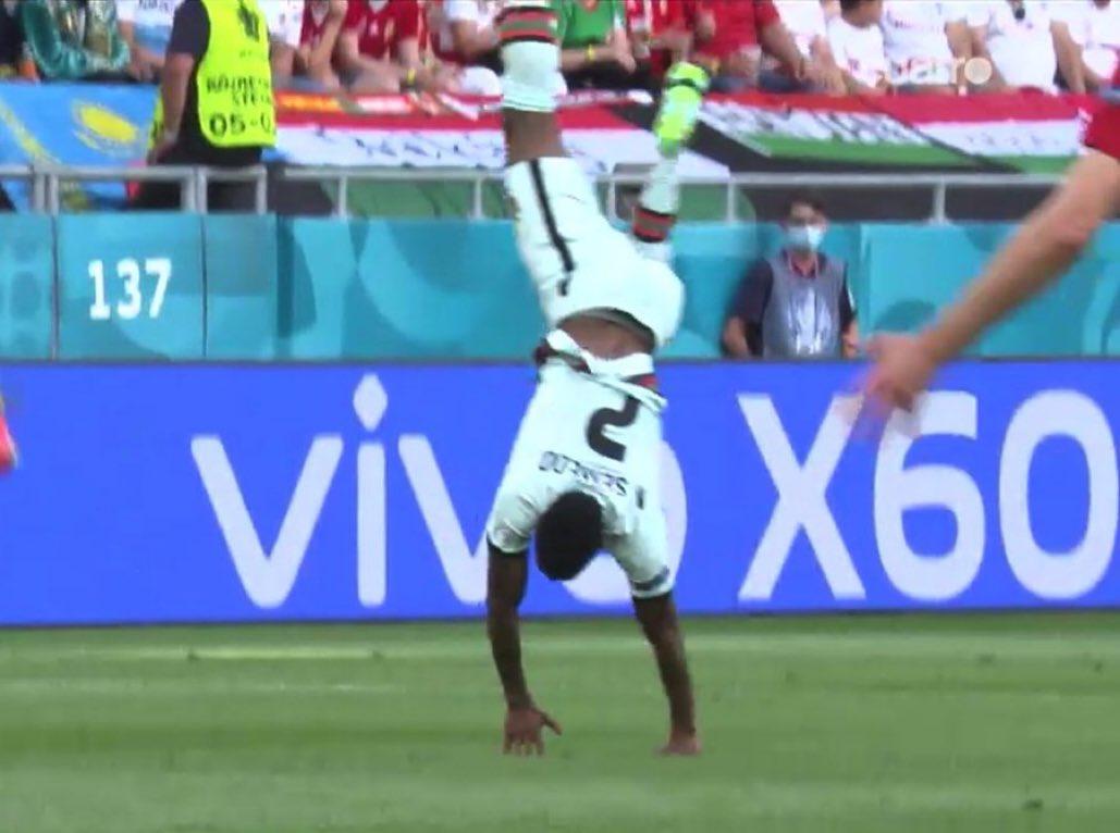 سيميدو مدافع البرتغال