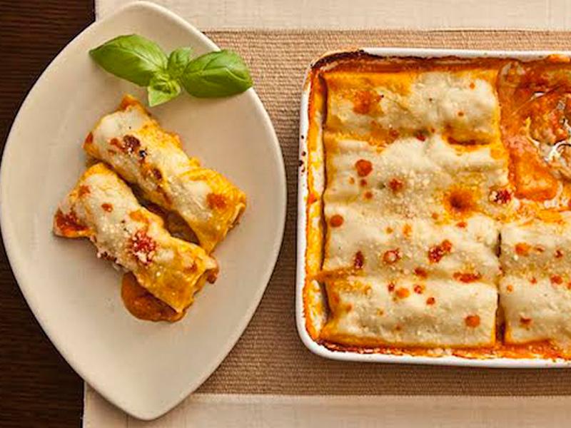 طريقة عمل الكانيلونى بالدجاج والجبن