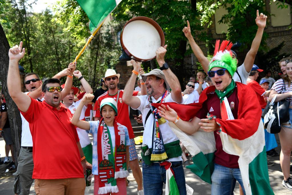 جماهير المجر قبل إنطلاق المباراة