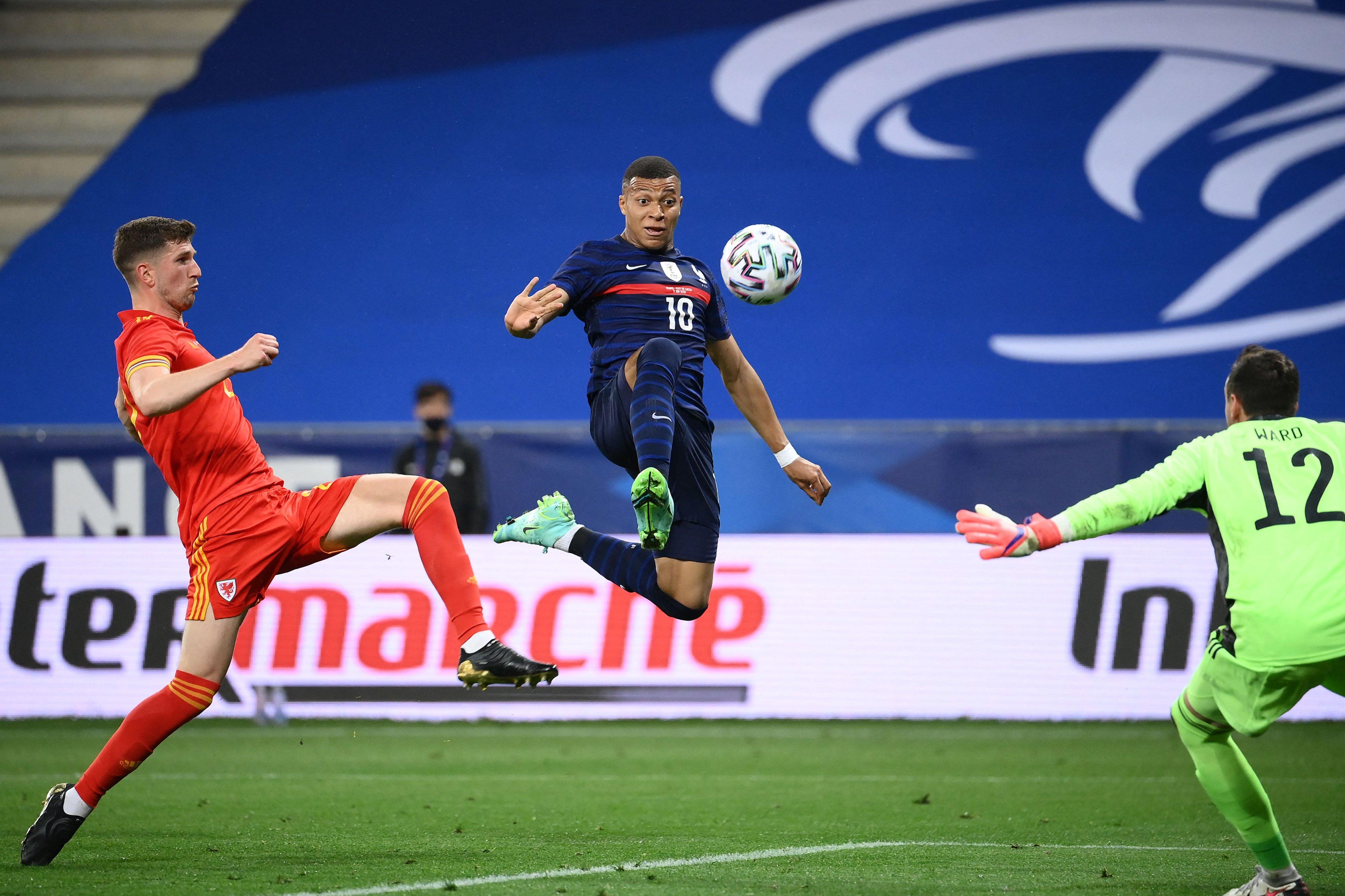 فرنسا ضد ويلز (6)