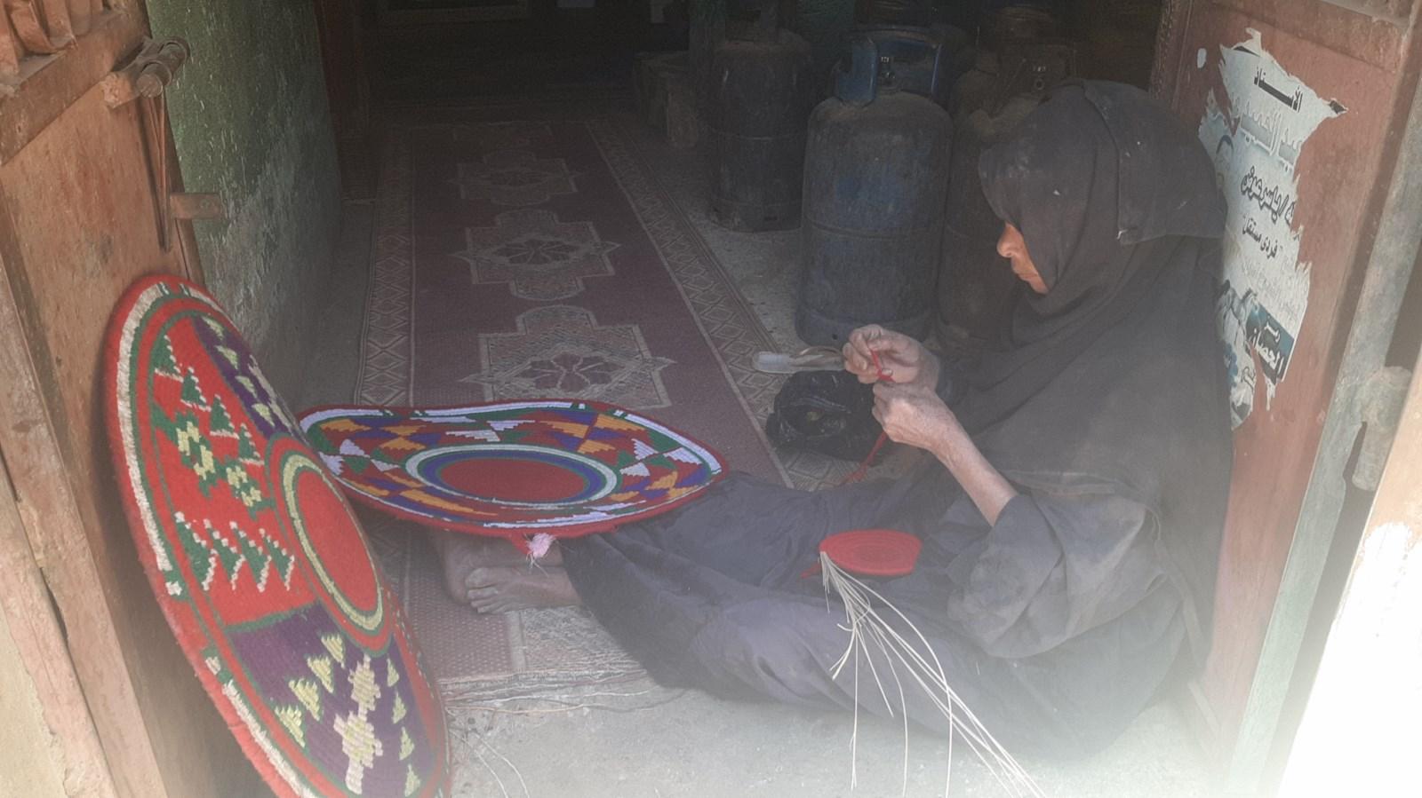 مشغولات الخوص اليديوية (1)
