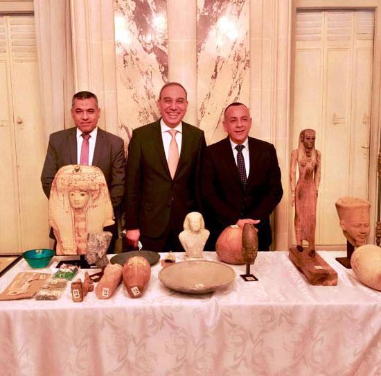 القطع الأثرية المستردة من فرنسا (3)