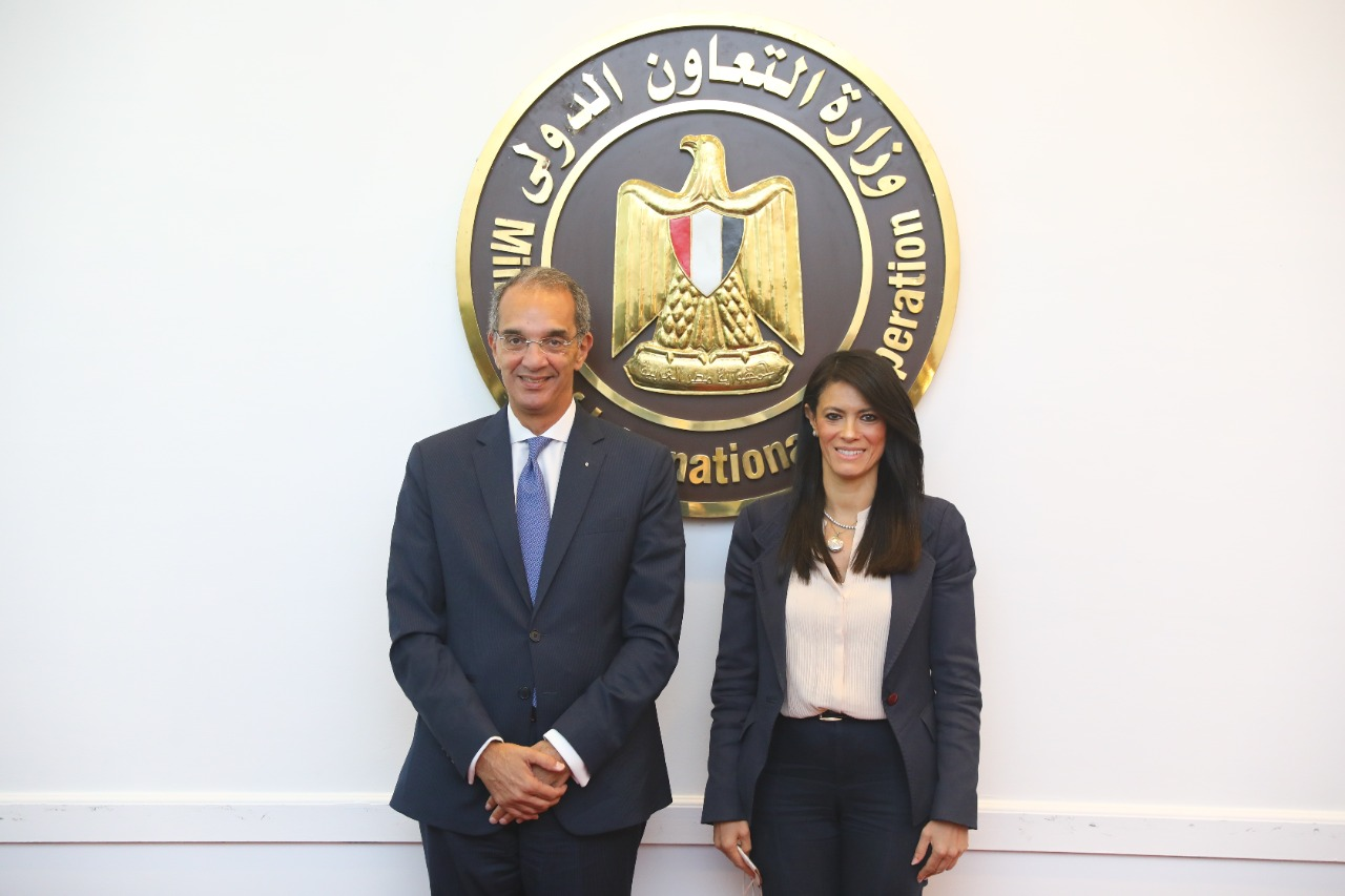 وزيرة التعاون الدولي ووزير الاتصالات وتكنولوجيا المعلومات