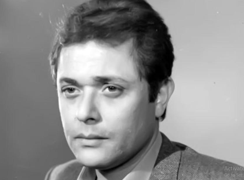 محمود عبد العزيز (1)