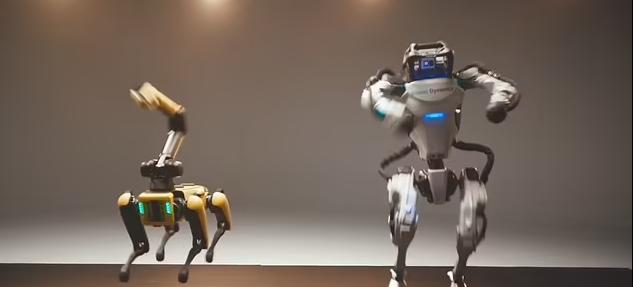 روبوتات راقصة