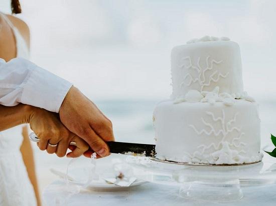 كعكة حفل الزفاف
