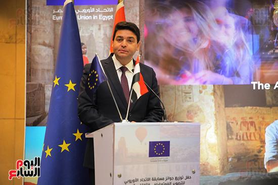 جائزة حسن محمد (6)