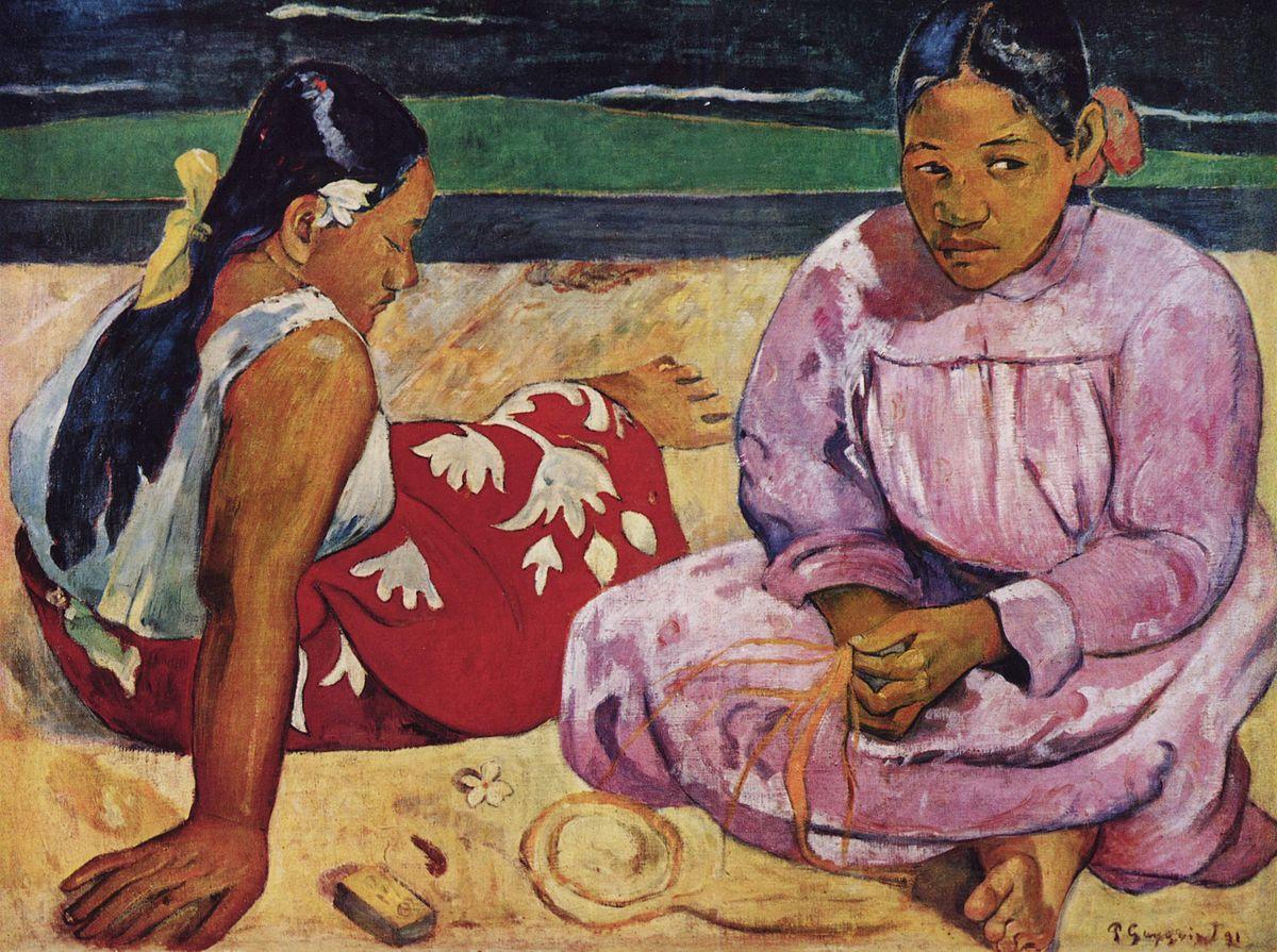 المرأة التاهيتية على شاطئ البحر