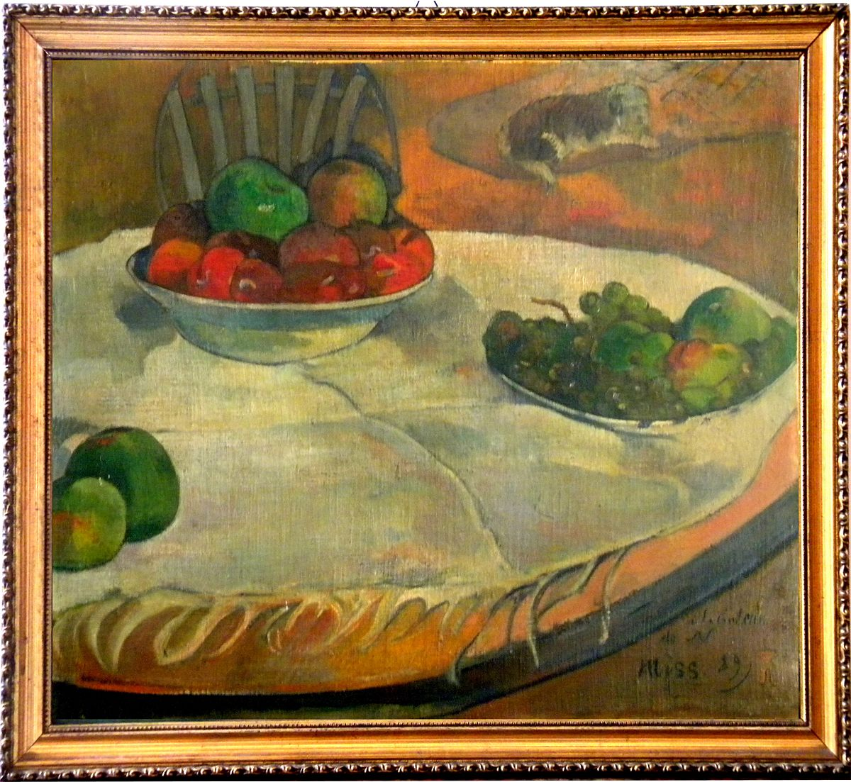 الفواكه على طاولة