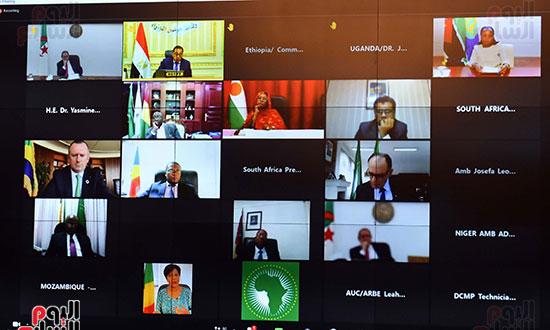 رئيس الوزراء يشارك باجتماع افتراضى للجنة القادة الأفارقة المعنيين بتغير المناخ (5)