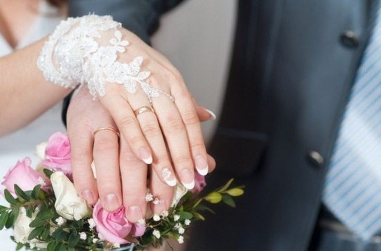 العناية بالأظافر قبل الزفاف