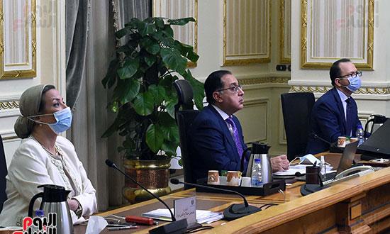 رئيس الوزراء يشارك باجتماع افتراضى للجنة القادة الأفارقة المعنيين بتغير المناخ (3)