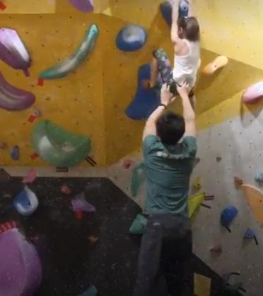 التسلق على الجدران