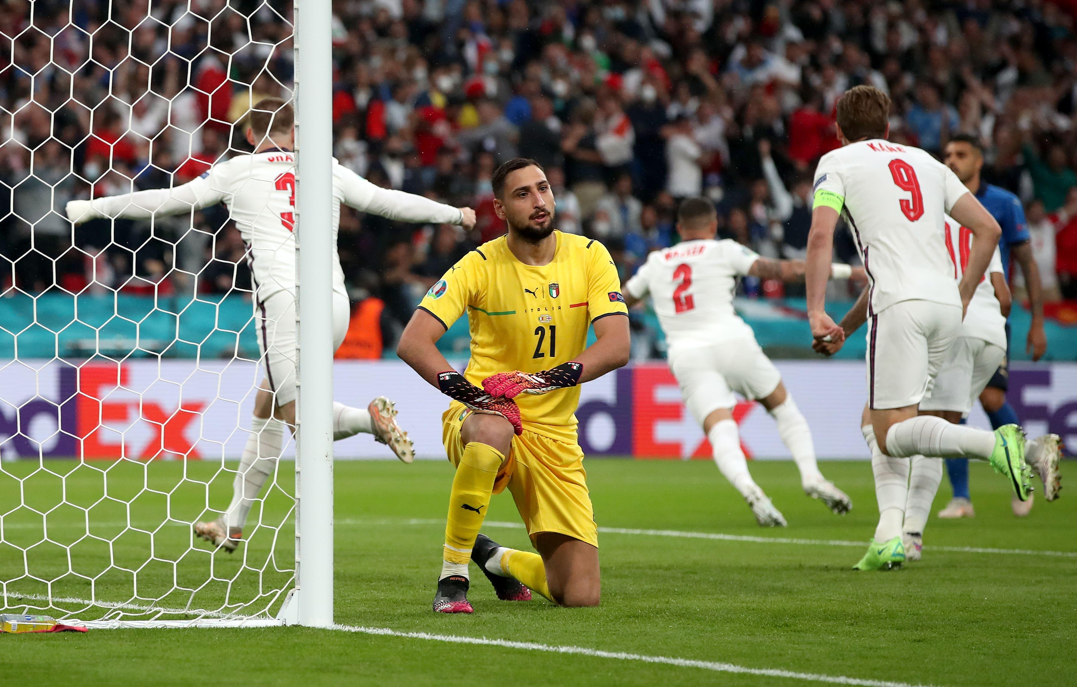 فرحة لاعبى إنجلترا
