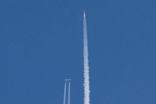 رحلة الفضاء (4)