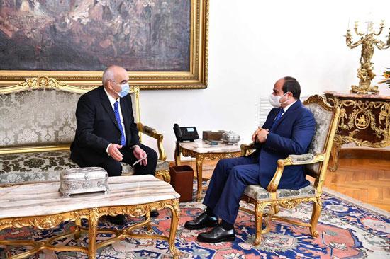 الرئيس السيسي يشهد أداء حلف اليمين للمستشار حسين مصطفى فتحى رئيسا لهيئة قضايا الدولة (6)