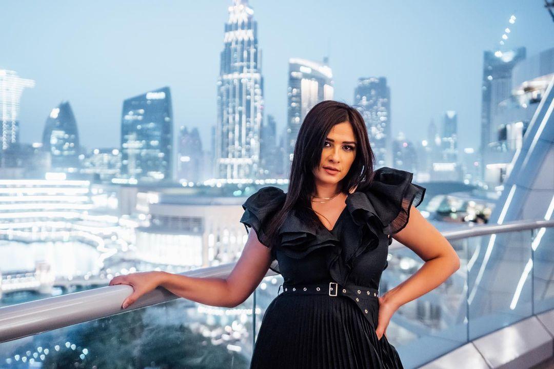 The star Yasmine Abdel Aziz