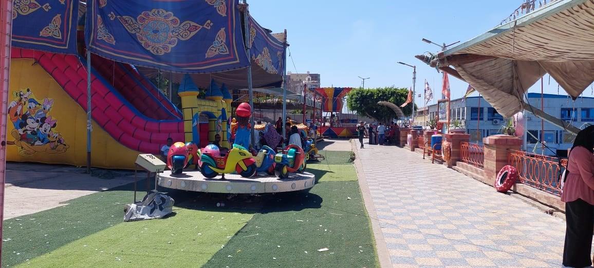 اقبال على حدائق دسوق