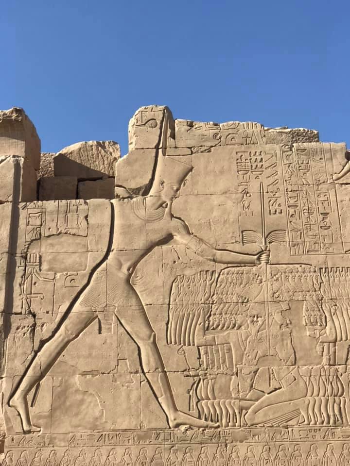 تاريخ وبطولات الفراعنة على جدران الكرنك