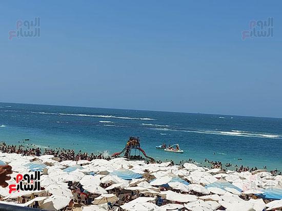 العاب-بشاطئ-الإسكندرية