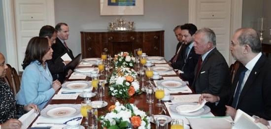 لقاء عاهل الأدن مع نائبة الرئيس الأمريكى