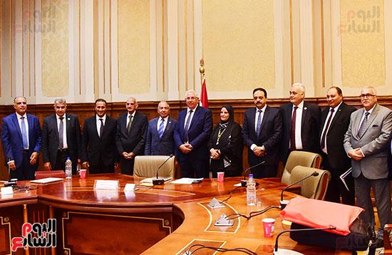 اجتماع لجنة الدفاع والأمن القومي (8)