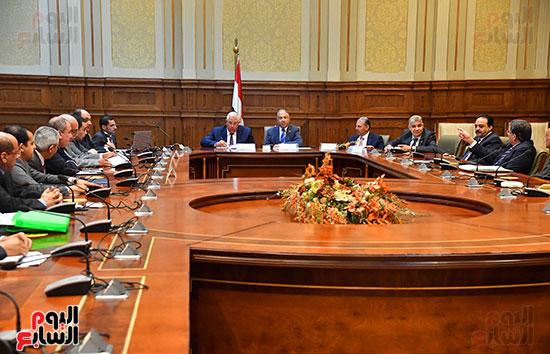 اجتماع لجنة الدفاع والأمن القومي (5)