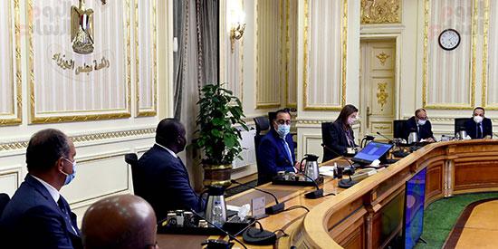 رئيس الوزراء يلتقى الرئيس التنفيذى لمؤسسة التمويل الأفريقية (4)