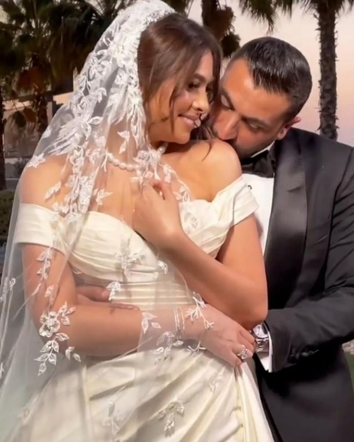 هاجر وزوجها