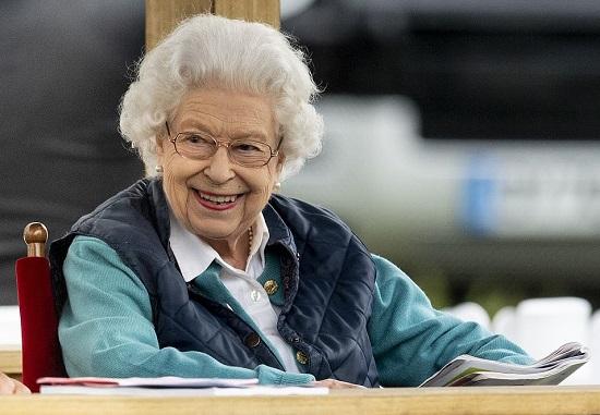 الملكة تحضر معرض رويال ويندسور للخيول منذ عام 1943