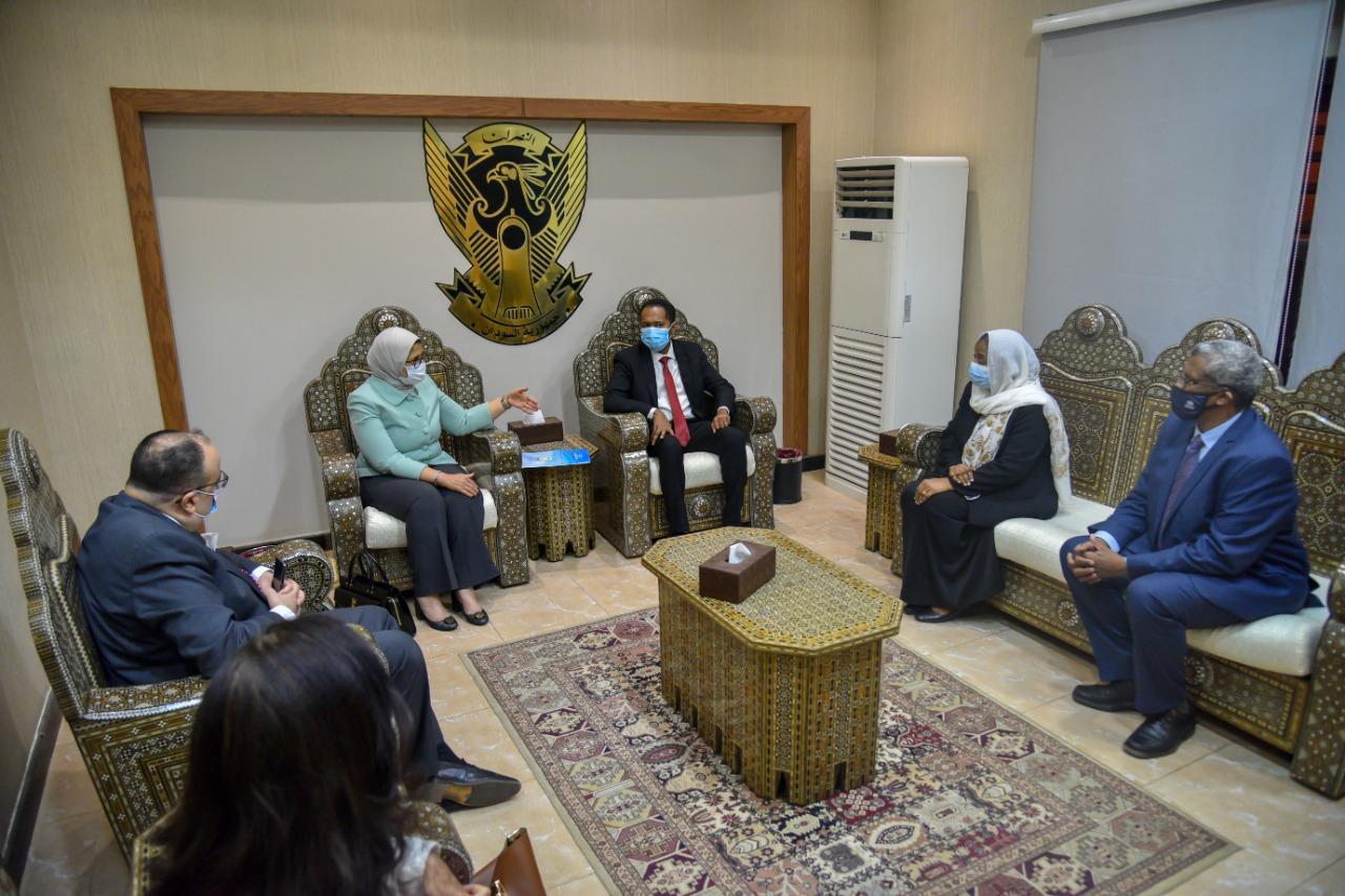 وزيرة الصحة خلال زيارتها للسودان دولة