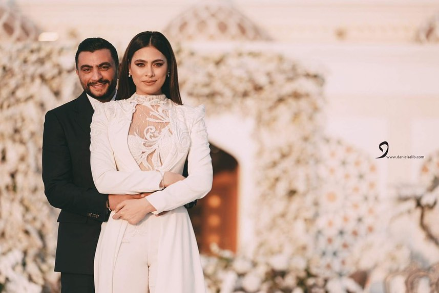 هاجر احمد وزوجها احمد الحداد بعد عقد القران