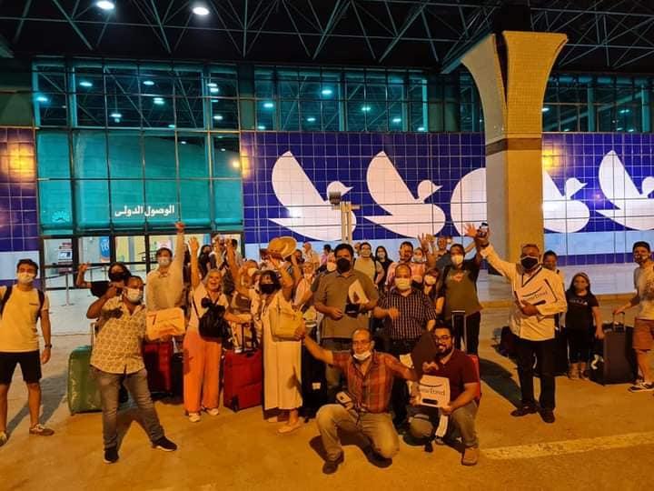 أول رحلة جوية قادمة من مدريد تقل 114 سائح