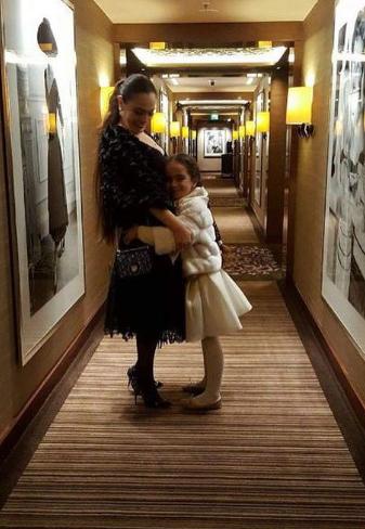 شريهان مع ابنتها