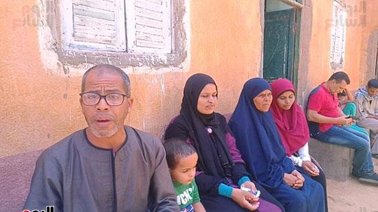 الأسرة خلال حوارها