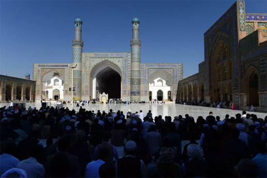 صلاة الجمعة فى مدينة هرات