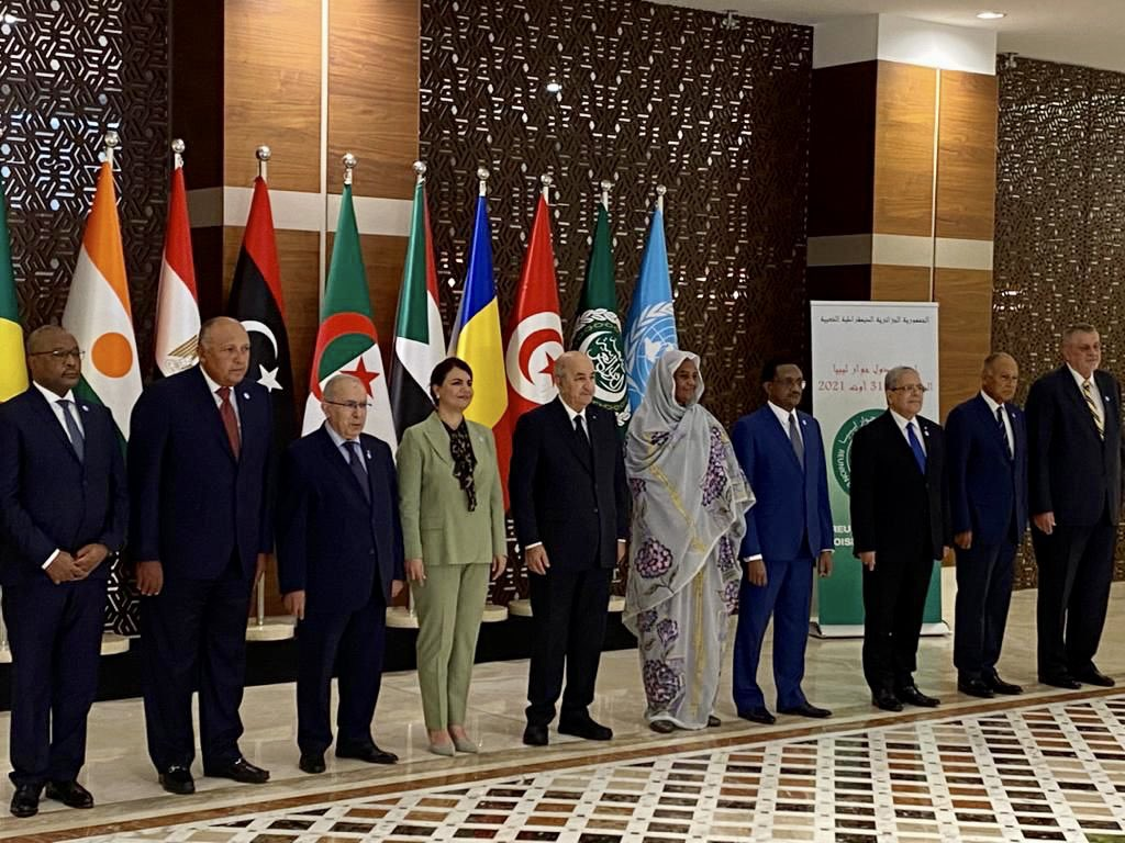 الرئيس الجزائري يستقبل وزراء خارجية دول جوار ليبيا